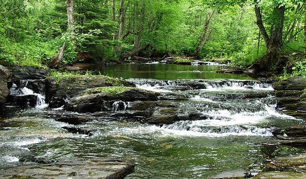 Black Slate Waterfall Baraga County Michigan Waterfalls Michigan Interactive